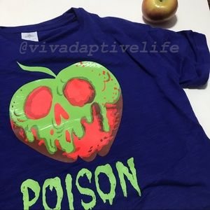 NWOT Disney Snow White Poison Apple Tee